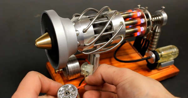 16 Cylinder Stirling Engine runs gas 1