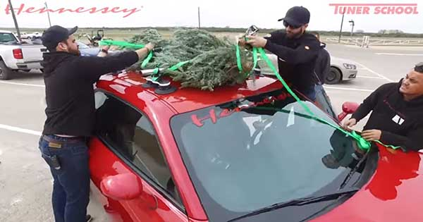 Christmas Tree Strapped On A Challenger Hellcat Widebody 2