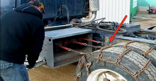 Every Trucker Would Want To Have This Set Of Snow Chains 1