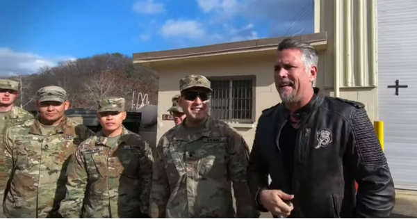 Gas Monkey Garage Spent Thanksgiving In Sound Korea With The Armed Forces 11