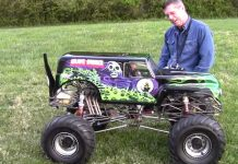 Gas Powered RC Grave Digger Truck!
