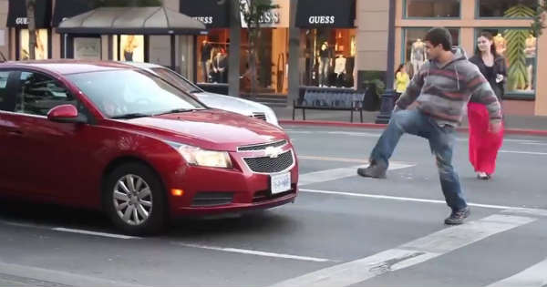 Invisible Object Prank Pranking Car Drivers With Invisible Boxes 11