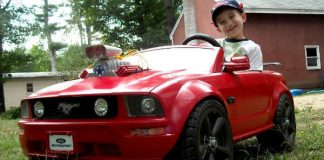 Power Wheels Mustang With A Blower 2