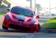 Raw Footage From The Dodge Viper Crash at Cars Coffee 1