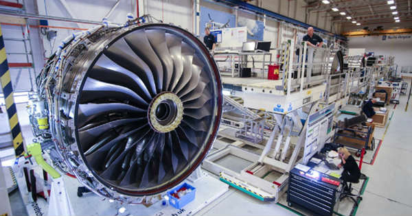 Rolls Royce Trent XWB Engines 2