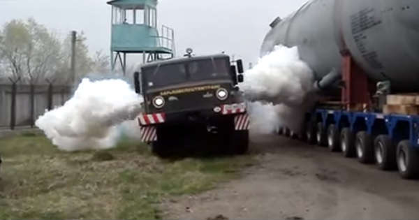 Russian Truck Ever MAZ-537 2