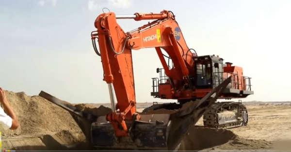 This Engineering Equipment Machines Is Massive 1