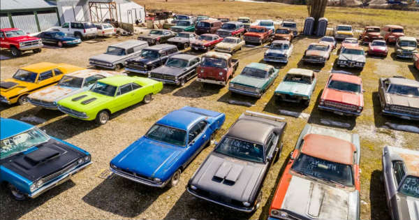 This Guy Is Selling Property in Canada With 340 Vintage Cars 1