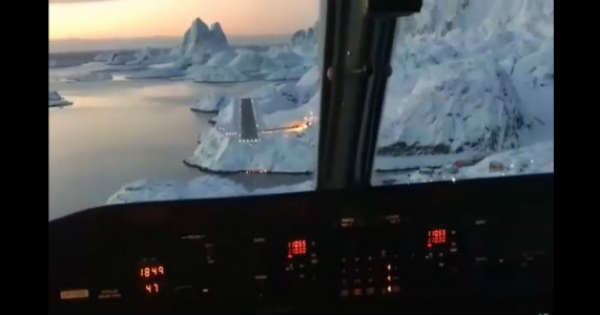 This Is How A Landing in Greenland Looks Like 1
