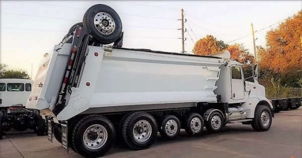 Trucks Like The Super Dump Have Extra Wheels Behind 2