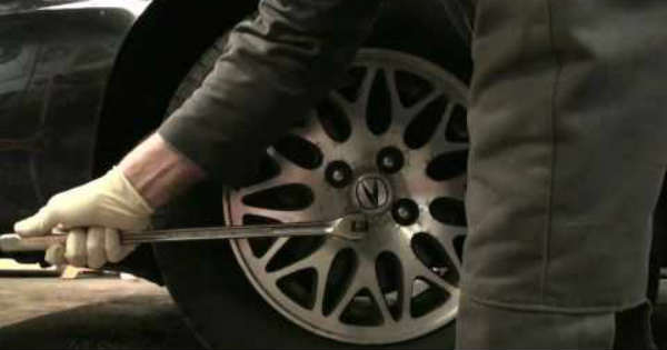 Wheel Lock Removal Without Key Tool 2