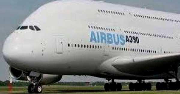 Airbus A390 3 Decker Aircraft 1