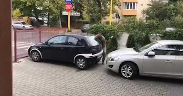 Blocked Car Bad Parking Solution Lift 1