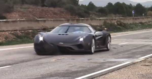 Koenigsegg Model Car Regera Crashed 2
