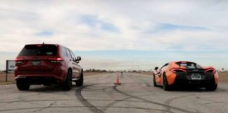 McLaren 570S vs Jeep TrackHawk Drag Race 1