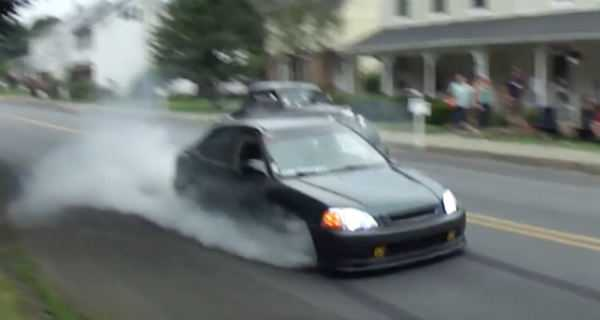 Oldtimer Owner Got Angry With This Honda Civic Burnout 2