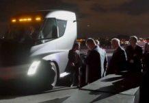 The Acceleration Of The Tesla Semi Truck Is Pretty Impressive 1