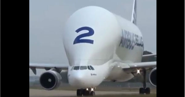 The Amazing Take-off Of The Airbus Beluga 2