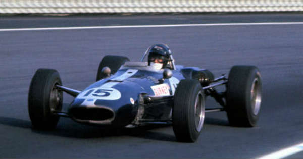 This Is How The F1 Driver Dan Gurney Won The Legendary Outlaw Road Race 22