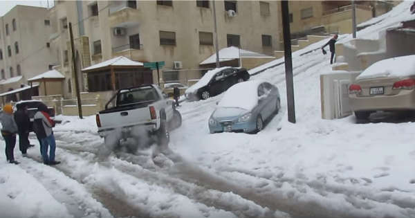 This Snow Challenge Can Be Tackled By Few Vehicles Only 2