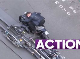 Tom Cruise In a Car Chase For Mission Impossible 6 Movie In Paris 1