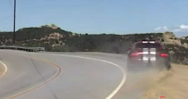 Very Dangerous Canyon Run Dodge Viper Goes Off A Cliff 11