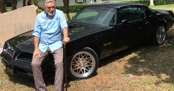 Smokey and the Bandit Star Burt Reynolds Deat at 82 2