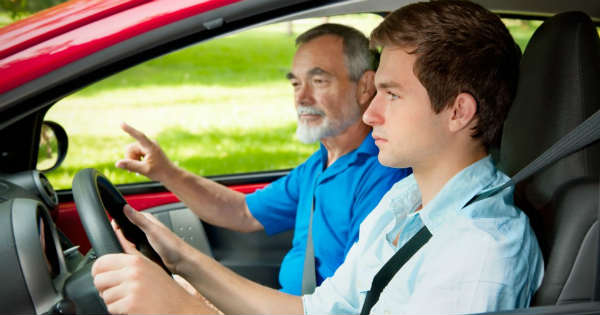 Driving Habits to Teach Your Teenager Before They Get Behind the Wheel 2