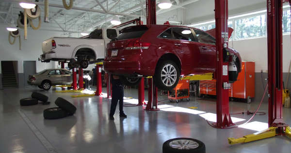 Top 3 Repairs Your Automobile Needs Immediately 3