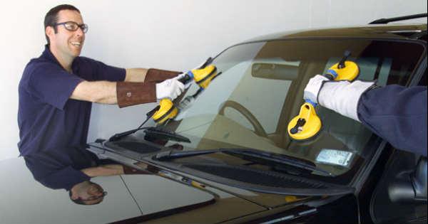 Choosing an Auto Glass Repair Shop