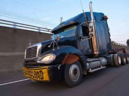 5 Reasons to Hire a Truck Accident Attorney to Handle Your Case 1