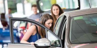 5 Biggest Mistakes to Avoid When Selling Your Car A Guide for First-Time Car Sellers 1