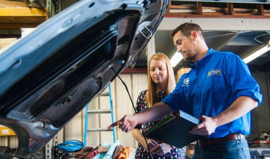 What things to consider before selecting a car mechanic 1