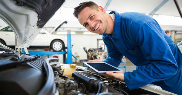 What things to consider before selecting a car mechanic 2