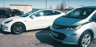 Tesla Model 3 vs Chevy Bolt Who Wins 2