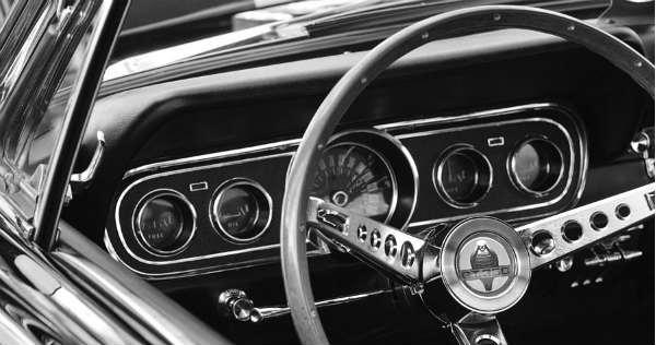 Restoring classic muscle car steering wheel 2