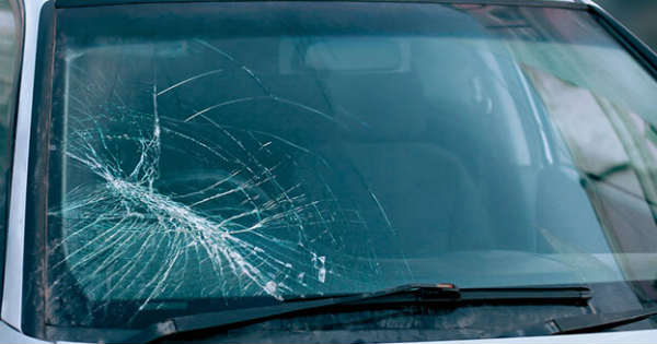 This is What You Should Do About a Cracked Windshield 2