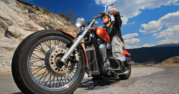 How to Ride a Motorcycle Safely The Complete Guide 2