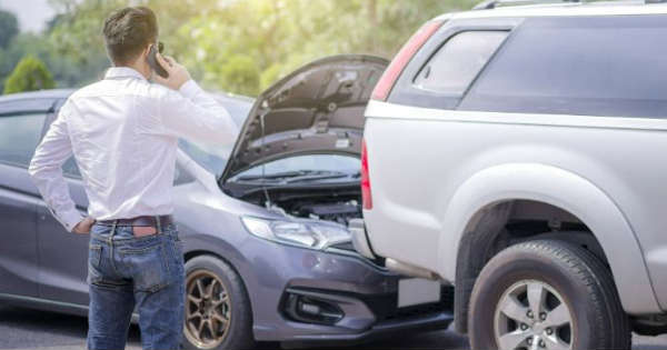 How to handle a car accident a 5-step guide 2
