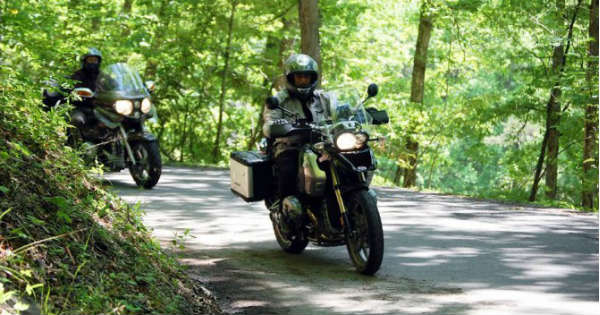 6 Motorcycle Riding Tips Every Beginner Needs to Know 1