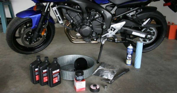 Replacement Cycle Of Bike Oil Things You Should Know 1