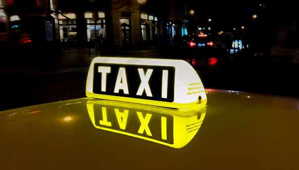 5 Ways To Stay Safe In A Taxi 1