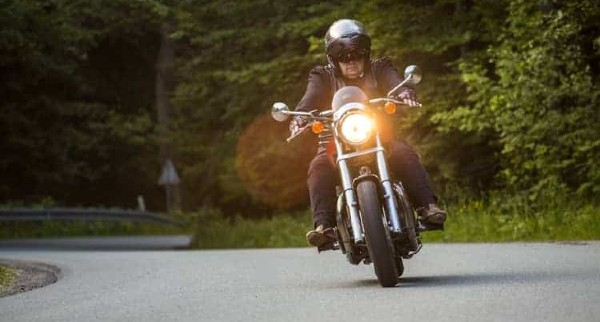 _8 Ways to Increase Your Visibility When Motorbiking 2